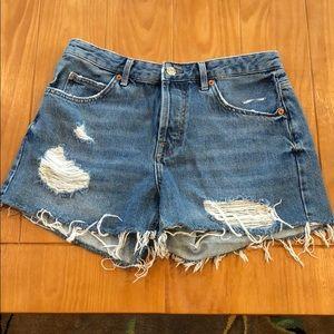 "TOPSHOP Moto ""Ashley"" Cutoff High Rise Jean shorts"